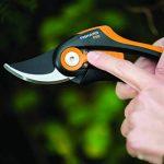 Fiskars Sécateur Bypass SmartFit de la marque Fiskars image 3 produit