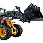 LEGO - 42030 - Chargeuse Sur Pneus Télécommandée Volvo L350F - Technic de la marque LEGO Technic image 3 produit