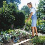 Émietteur-sarcleuse Combisystem de GARDENA: émietteur pour la préparation des lits de semences et l'ameublissement du sol, largeur de 14 cm, en acier de haute qualité, revêtement Duroplast (3195-20) de la marque Gardena image 2 produit